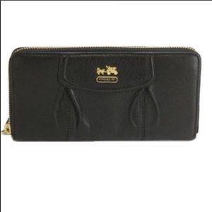 Coach Madison Black Patent Leather Zip Wallet